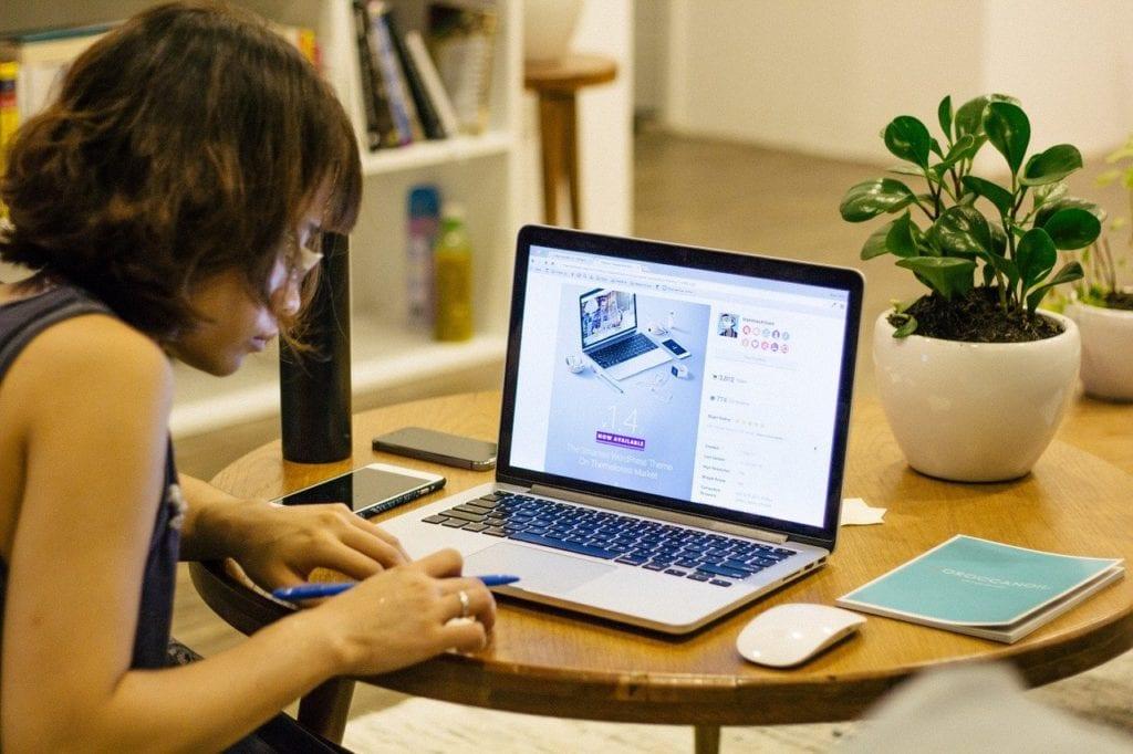 Aplikasi Untuk Online Meeting