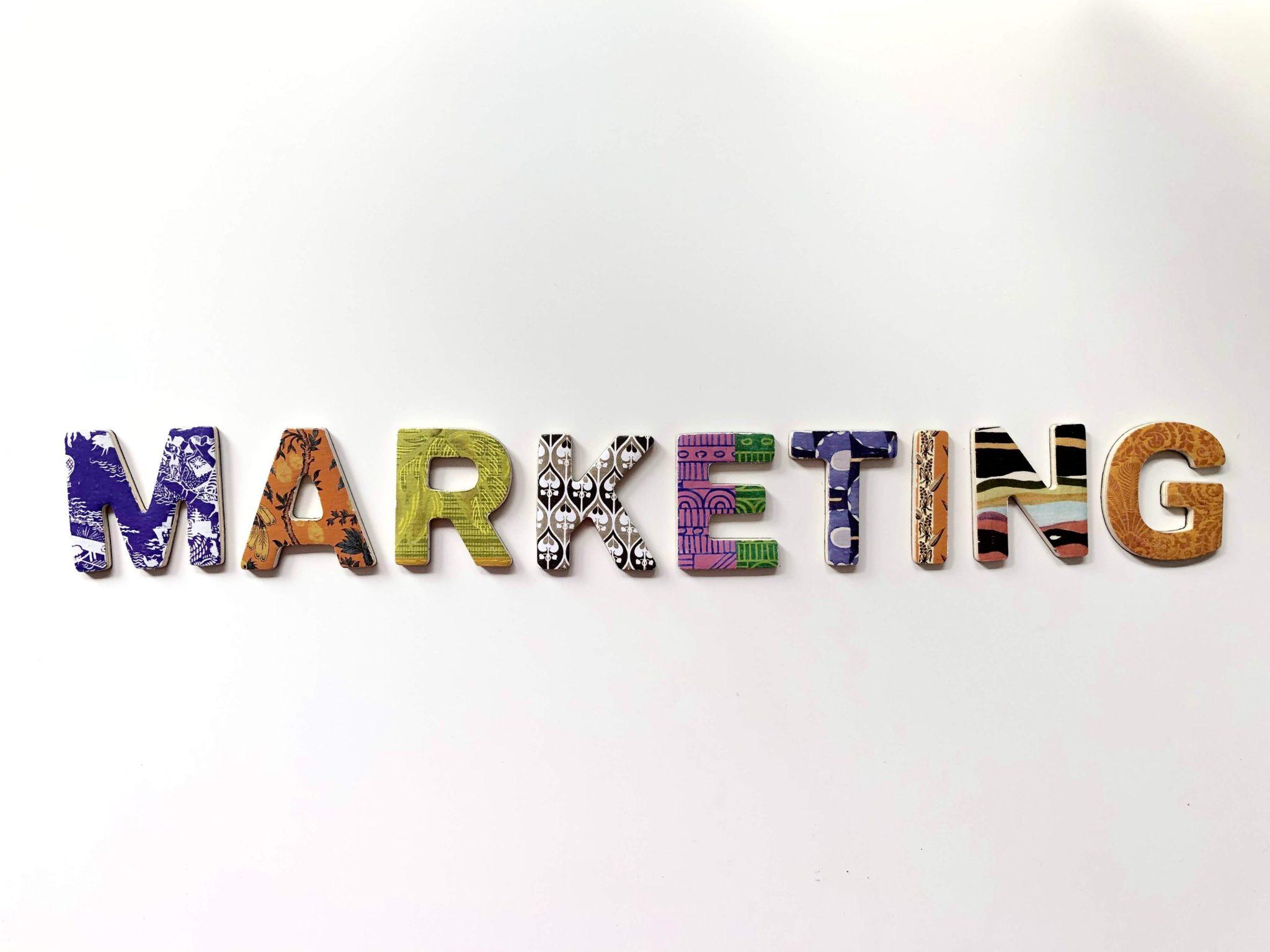 Mengapa Bagian Marketing Disebut Jantung Perusahaan