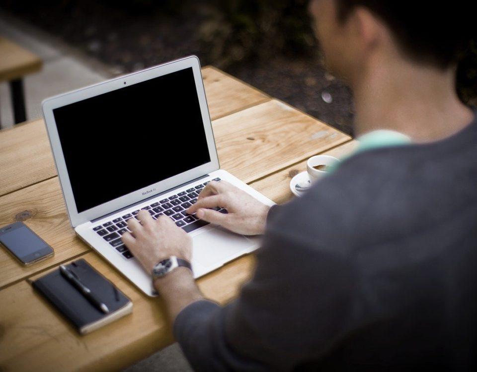 Rekomendasi Aplikasi Untuk Menulis