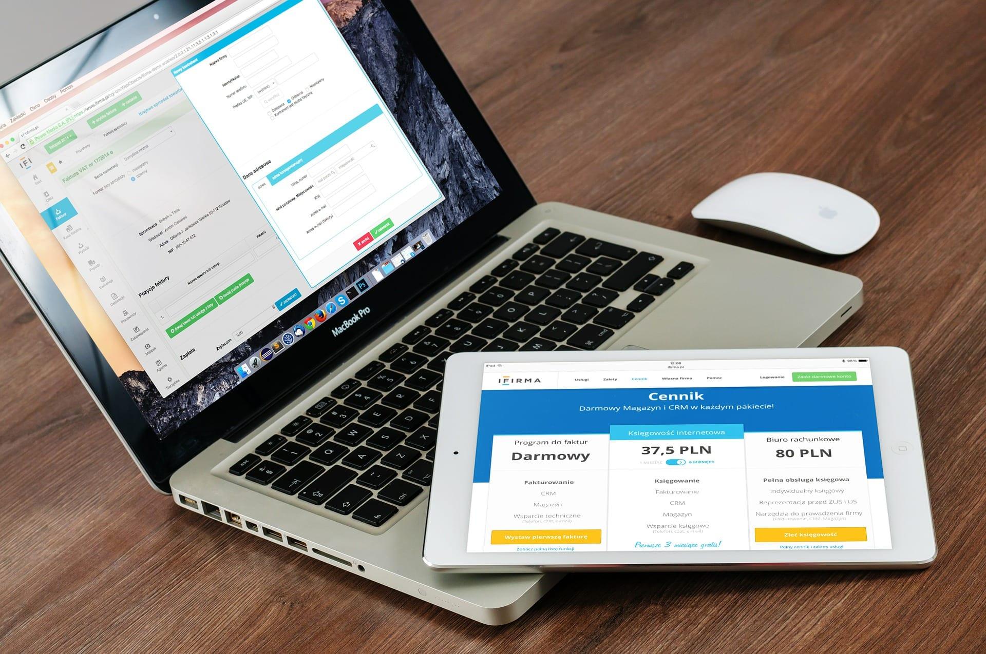 perbedaan landing page dan website